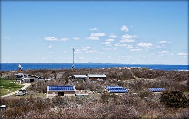 Shoals Marine Laboratory off-grid on Appledore Island