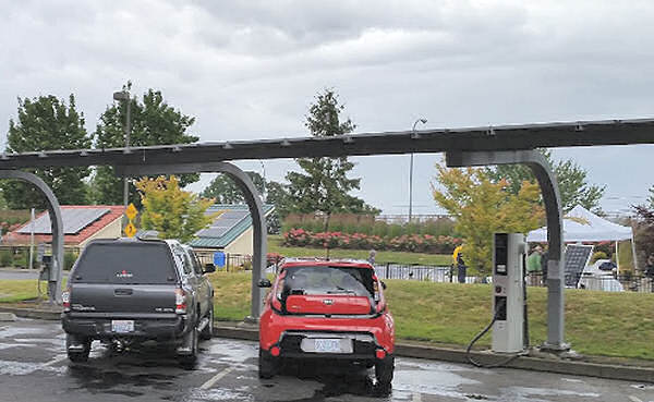 Solar caport with EV charging at SolarWorld,