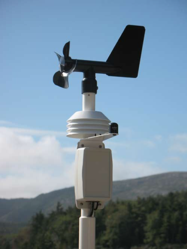 Deck weather station advanced with 5 years monitoring